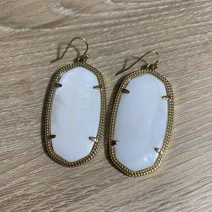 Kendra Scott | Danielle Drop Earrings |White Pearl